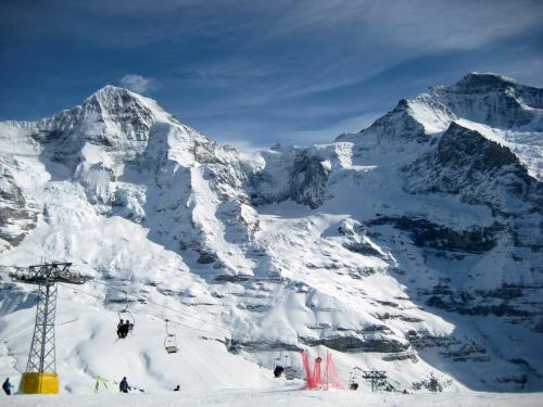 001325-2012-03-Skitagesfahrt Grindelwald